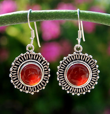 Carnelian in silver sunflower border